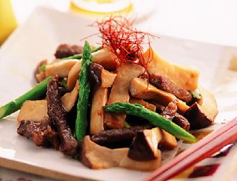 エリンギと牛肉の炒め物