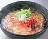 白身魚のアツアツごま油がけ養々麺